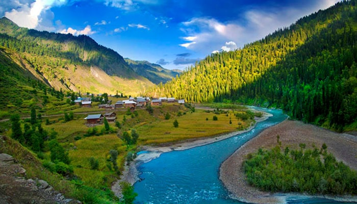 Summer Honeymoon Places India Kashmir