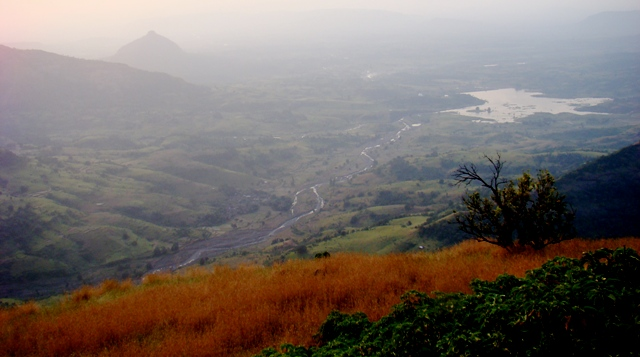 Summer Honeymoon Places India Matheran