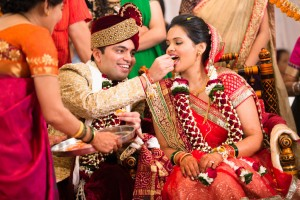 candid-photographs-from-a-gujarati-marathi-wedding-27