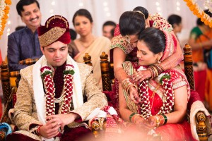 candid-photographs-from-a-gujarati-marathi-wedding-28